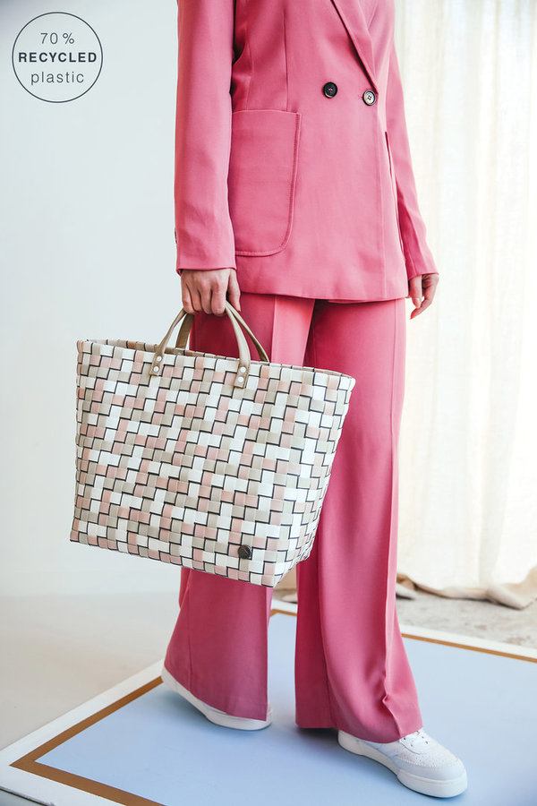HandedBy - Refined Shopper